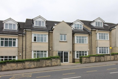 Flat 7, Oaklands House Rodley Lane